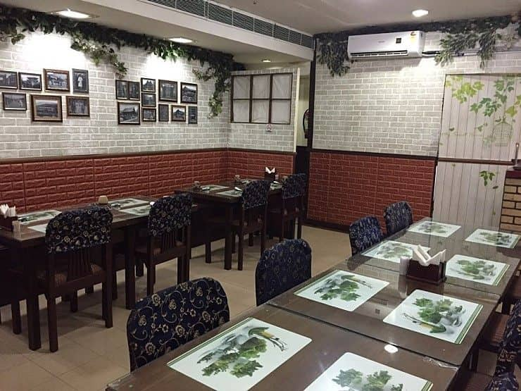 Restaurant De Seoul, Ansal Plaza