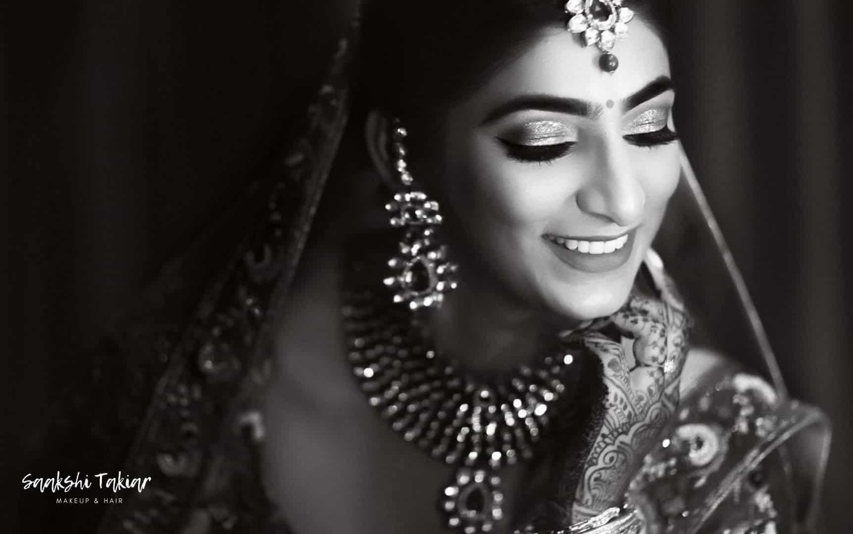 Saakshi Takiarr- makeup artist