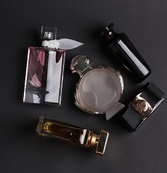 Best Long Wearing Perfumes For Both Men And Women